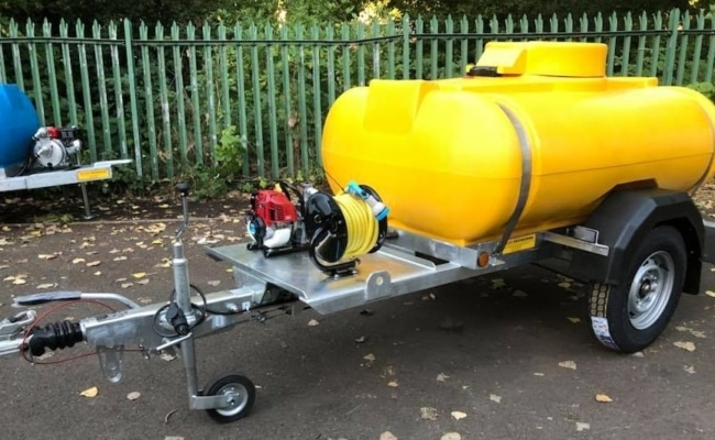 1125-litre-flower-watering-bowsers