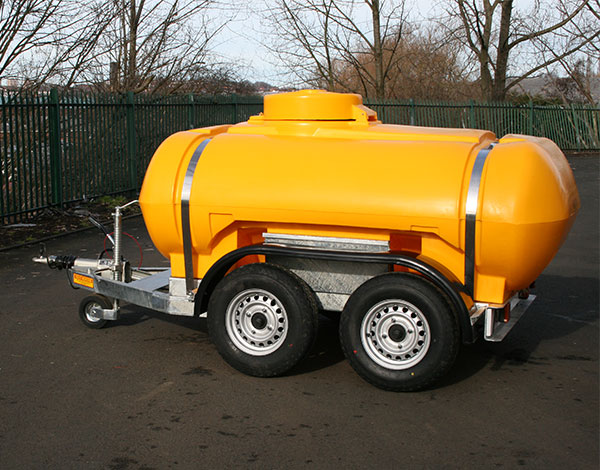 2000-Litre-Water-Twin-Axle-EU-Highway-Bowser