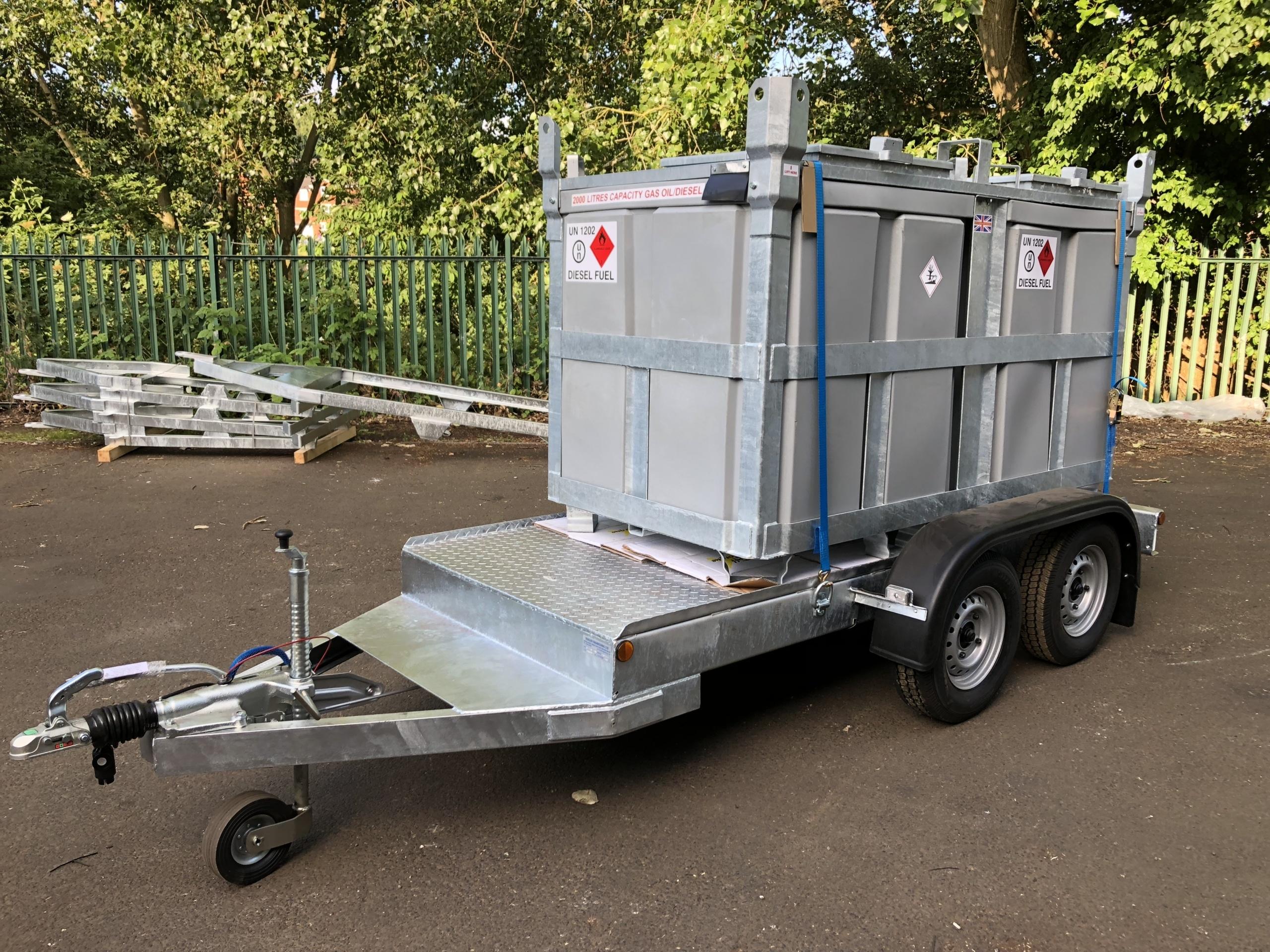 2000 litre fuelcube trailer