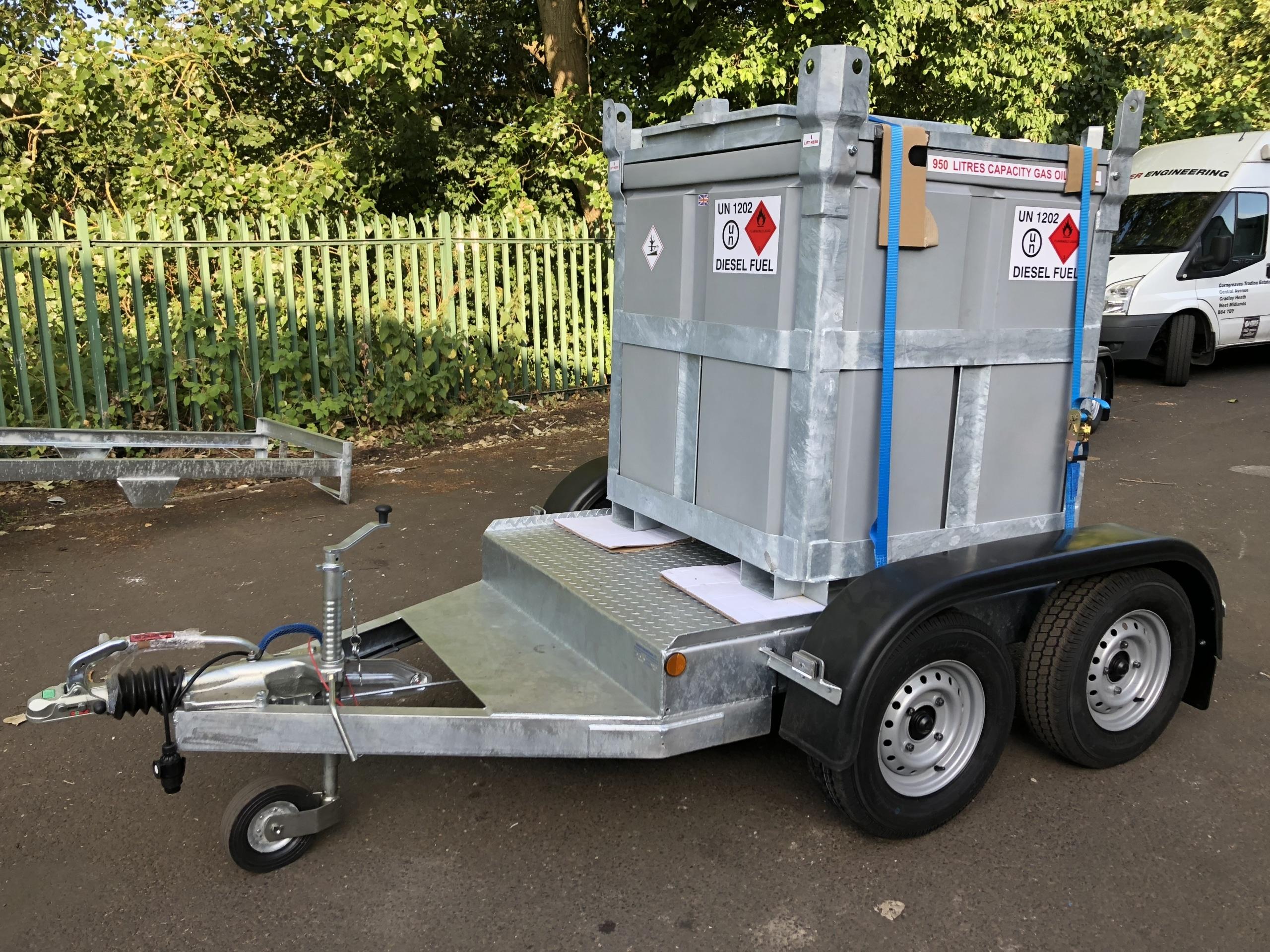 950 litre fuelcube trailer