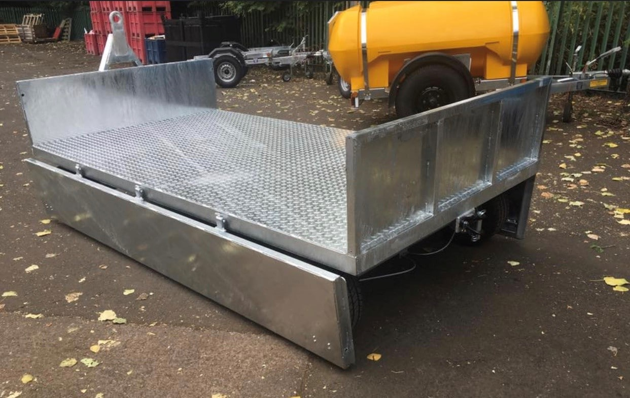Rear Of Turntable Site Trailer