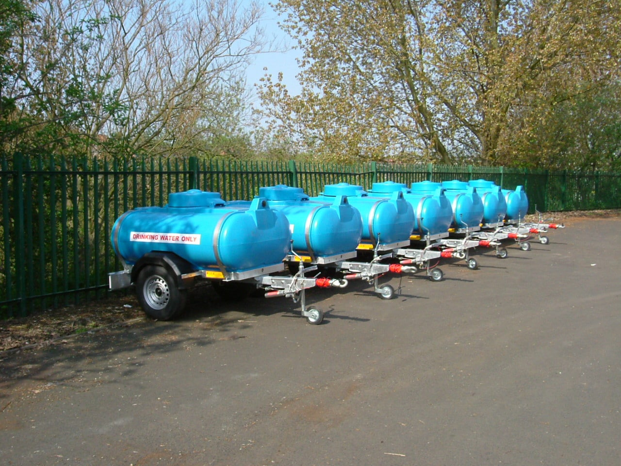 road towable drinking water bowsers