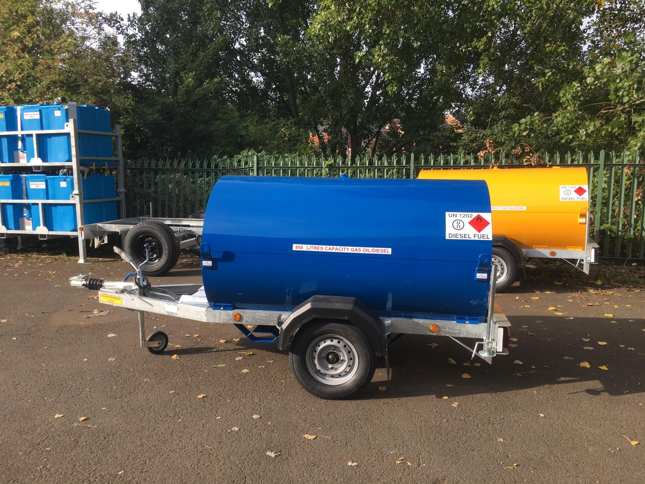 Blue 950 Litre Road Tow Fuel Bowser