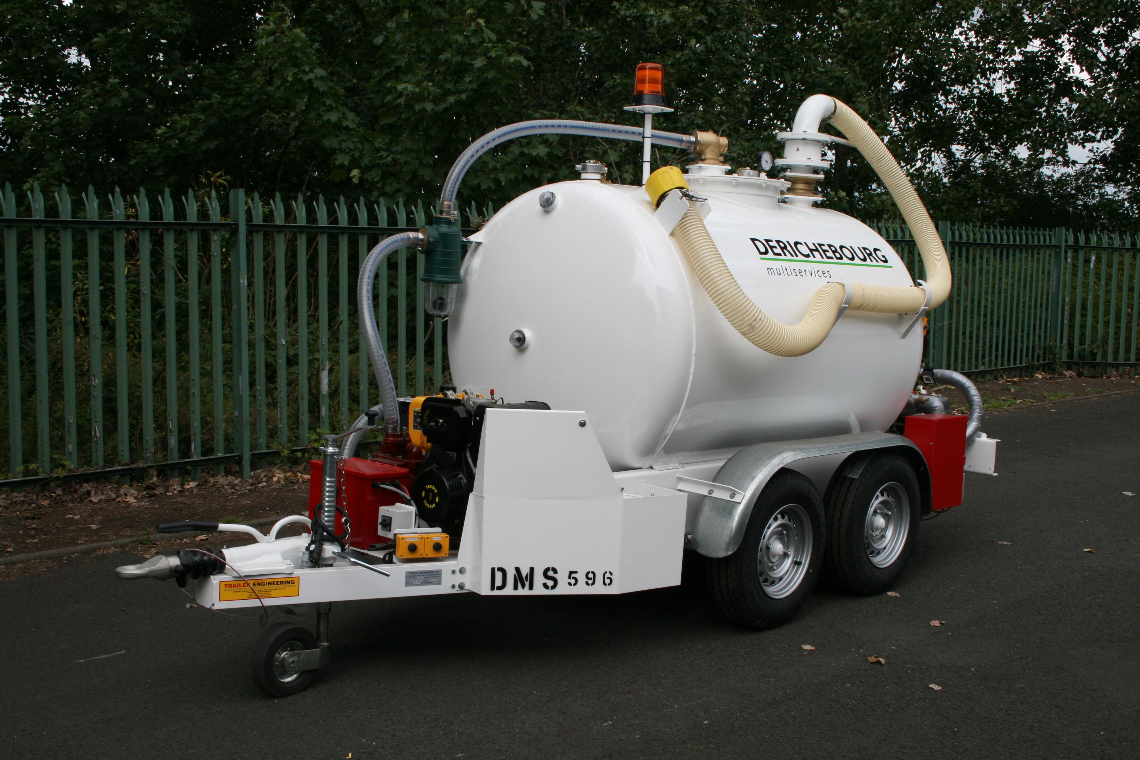 Orange 950 Litre Fuel Bowser