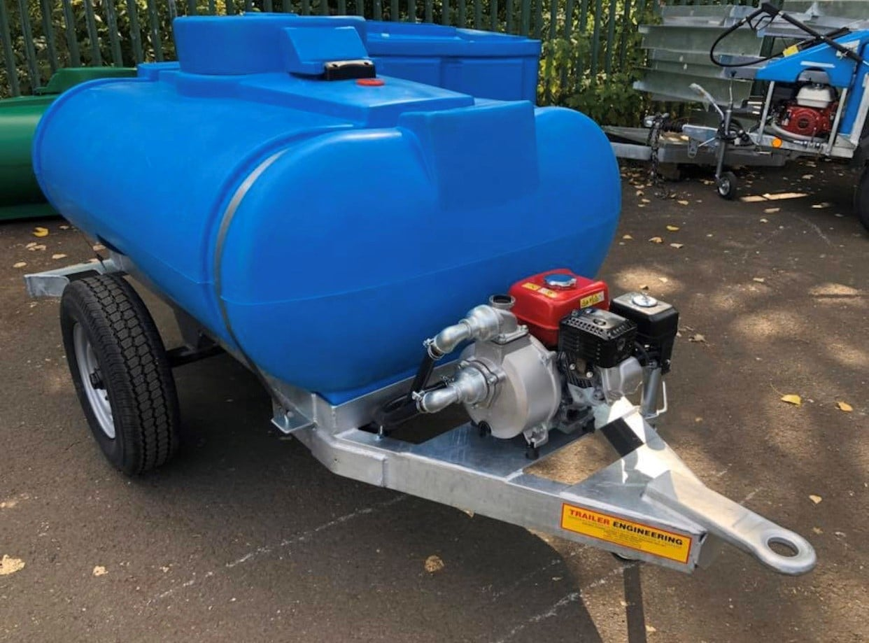 Site Towable Water Bowser With Dust Suppression Water Pump 1000 Litre