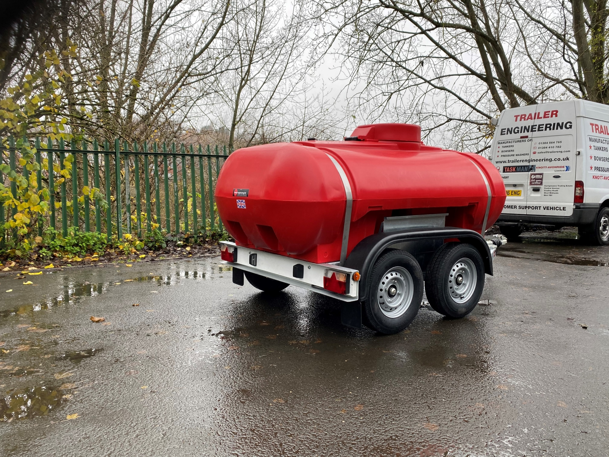 Twin Axle 2000 Litre Water Bowser