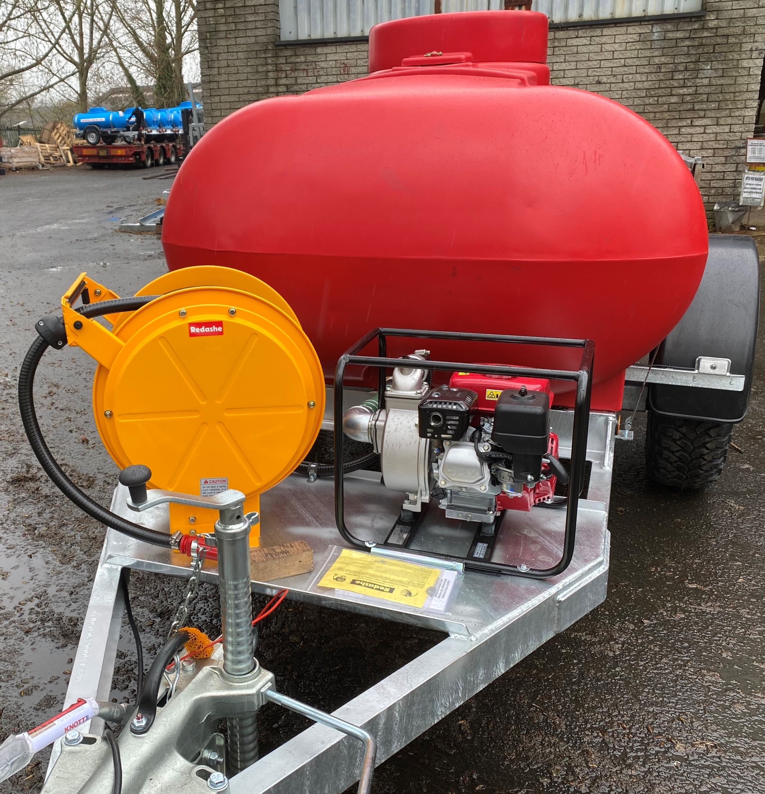 2000 Litre Water Bowser With Hose Reel And Water Pump For Fire Fighting