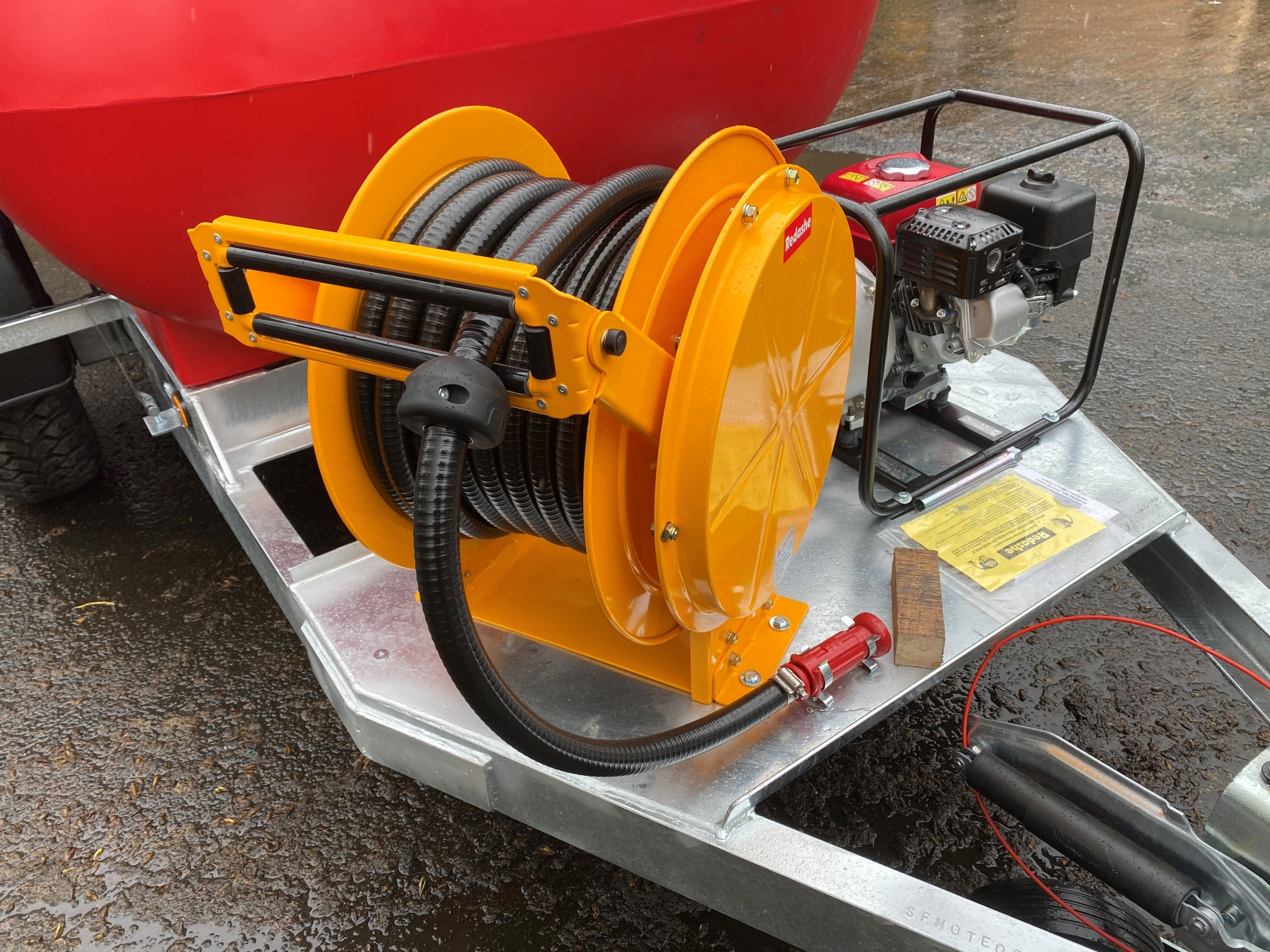 Hose Reel And Fire Fighting Water Pump On 2000 Litre Water Bowser