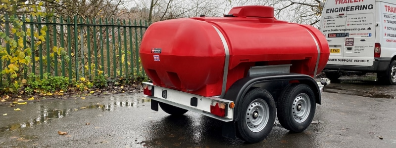 /twin-axle-2000-litre-water-bowser